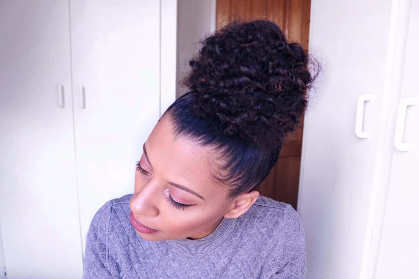 eleanor j'adore - how I achieve my easy top knot bun