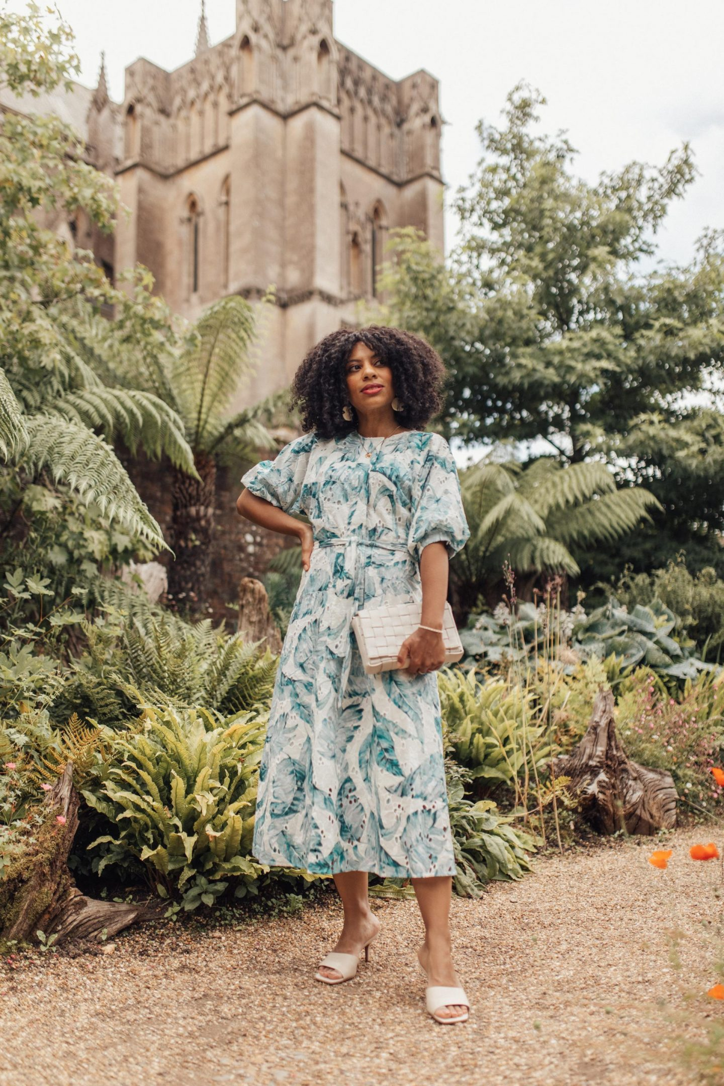 EleanorBarkes.com - 5 Wedding Guest Outfits